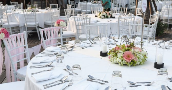 Chiavari Chairs – The UK's Most Popular Event Chair